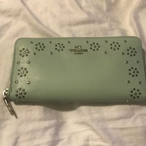 Coach mint green designed wallet